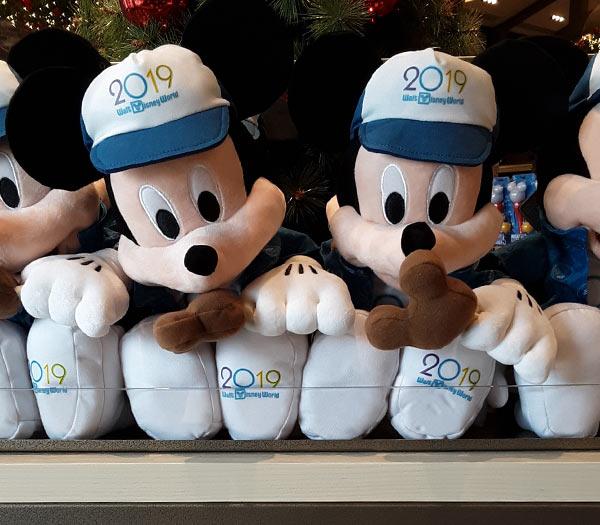 ed8a6e2cbdac0f Merch Alert: 2019 Disney Parks Merchandise is Here!   Mouse Memos
