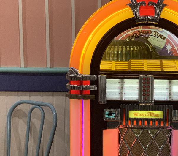 Jukebox at Beaches & Cream Soda Shop Walt Disney World | Mouse Memos Disney Blog
