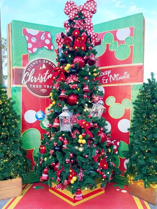 Minnie Mouse Christmas Tree Decorations.Disney Springs Christmas Tree Trail 2018 Mouse Memos