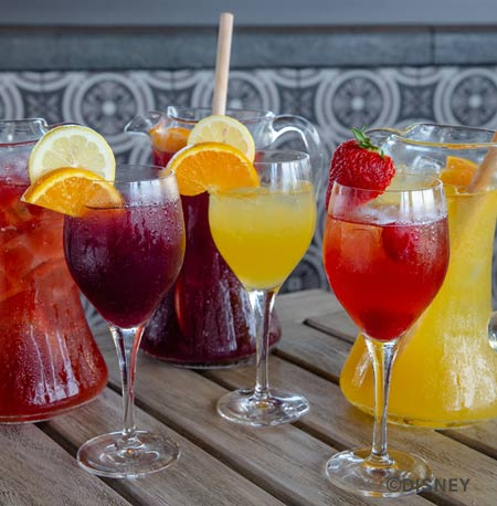 Drinks at Three Bridges Bar & Grill Disney's Coronado Springs Resort | Mouse Memos Disney Blog