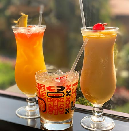 Drinks at Tambu Lounge - 'Ohana Breakfast Disney's Polynesian Village Resort | Mouse Memos Disney Blog