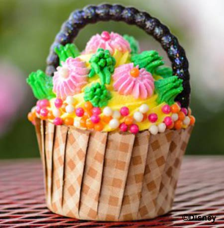 Easter Treats at Walt Disney World Resort: Spring Meadow Cupcake | Mouse Memos Disney Blog
