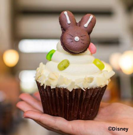 Easter Treats at Walt Disney World Resort: Bunny Macaron Cupcake | Mouse Memos Disney Blog
