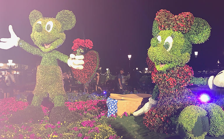 Mickey and Minnie Heart Topiary 2019 Epcot Flower and Garden Festival Topiaries | Mouse Memos Disney Blog