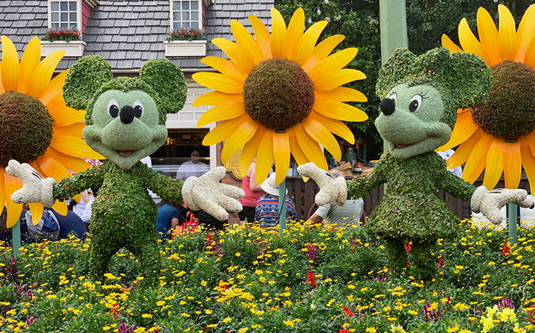 Mickey and Minnie Topiary 2019 Epcot Flower and Garden Festival Topiaries | Mouse Memos Disney Blog