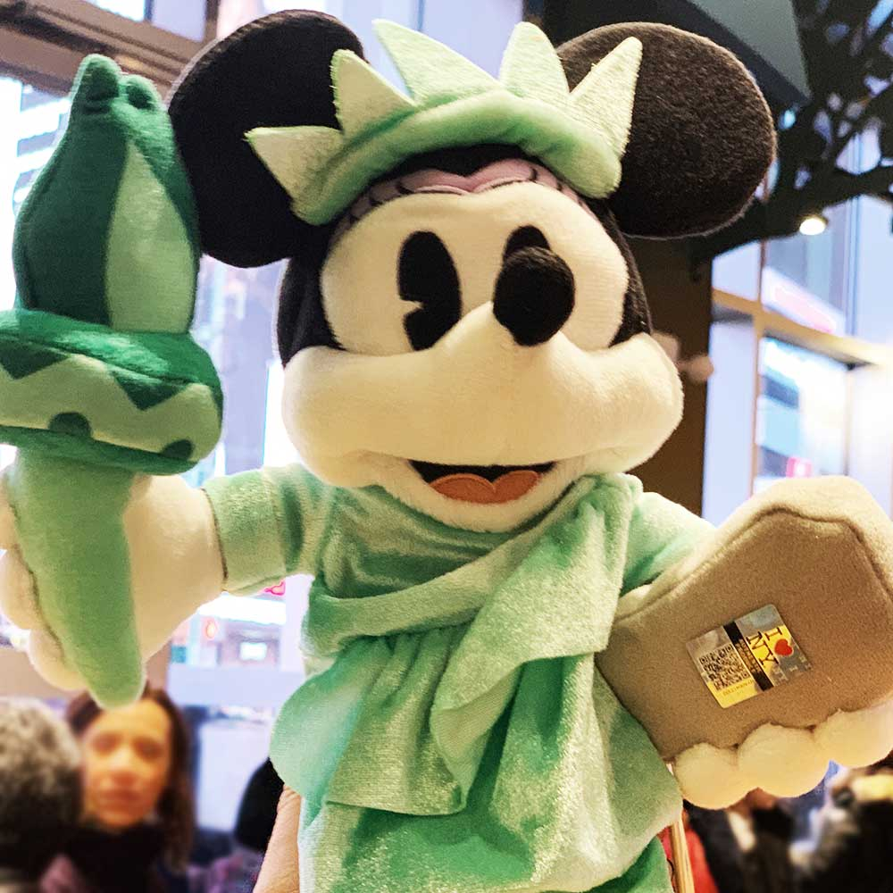 Minnie Mouse Statue of Liberty Plush Toy | Mouse Memos Disney Blog
