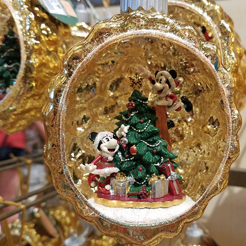 Mickey And Minnie Mouse Christmas Tree Decorations.Merch Alert 2018 Disney Christmas Ornaments Arrive Mouse