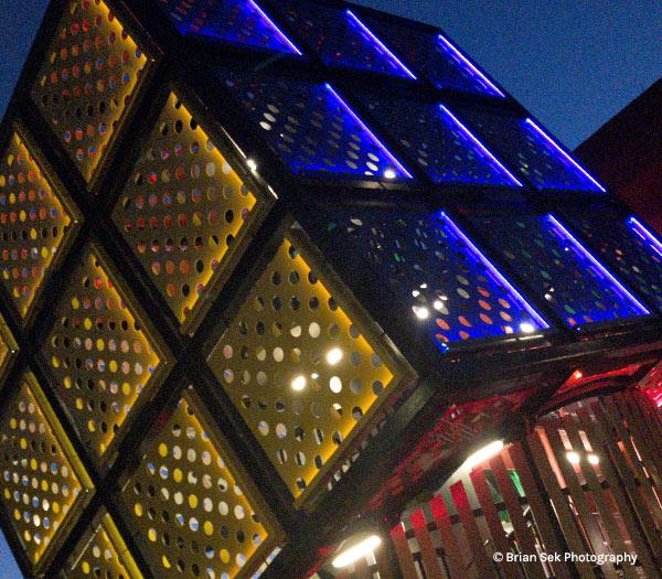 Rubik's Cube at Disney's Pop Century Resort | Mouse Memos Disney Blog
