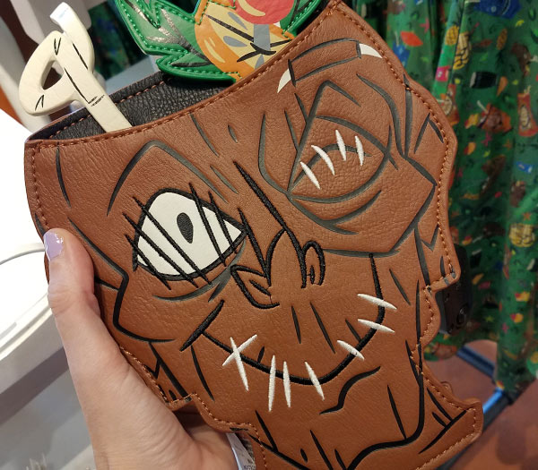 Trader Sam's Crossbody Bag | Mouse Memos Disney Blog