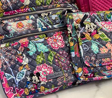 Disney Parks Essentials: What to pack for your Disney Trip When you bring a Crossbody Bag | Mouse Memos Disney Blog