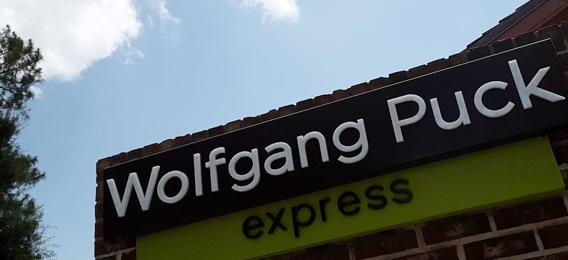 Wolfgang Puck Express Disney Springs Brews & BBQ | Mouse Memos Disney Blog